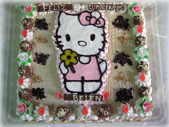Tarta de Hello Kitty hecha a mano